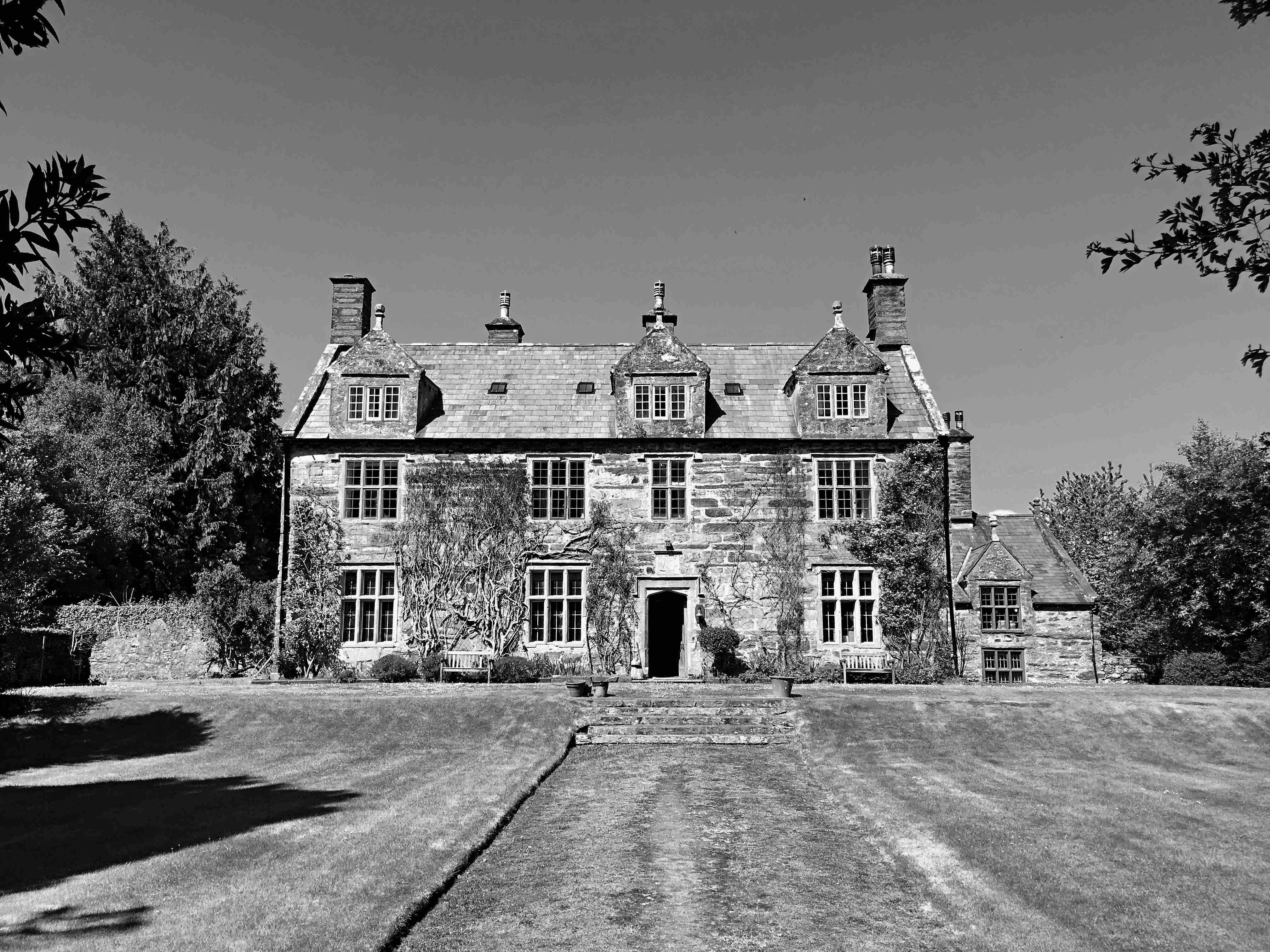 Glyn Front Exterior b&w