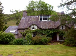 Listed Building Surveys Wales – Pre-Purchase Condition Surveys – Inspections